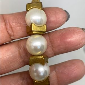 Jewelry - Vintage long gold and pearl necklace